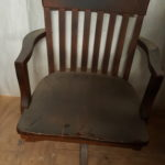 wood-swivel-chair